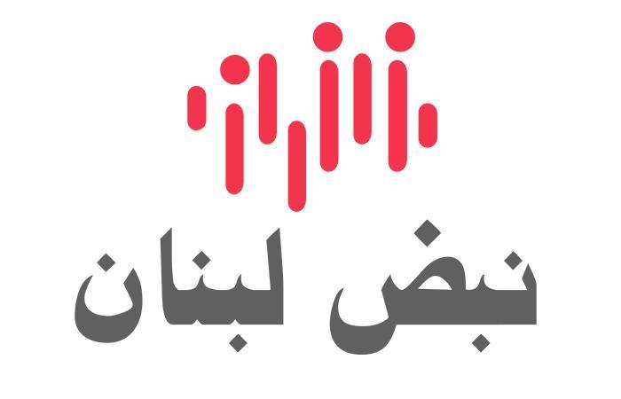 تثبيت برج مراقبة فوق الجدار الاسمنتي بين لبنان وفلسطين